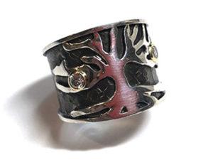 Tree Ring with Diamonds